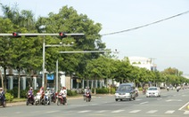 Hàng loạt cơ quan bị nêu tên vì có xe biển xanh vượt đèn đỏ, chạy quá tốc độ ở Bình Phước