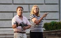 Cặp vợ chồng da trắng chĩa súng vào người biểu tình gây chia rẽ dư luận Mỹ