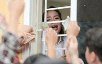 Mở bán vé trận Hà Nội FC - Hoàng Anh Gia Lai qua... cửa sổ