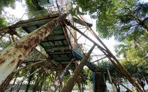 Hàng loạt công trình 'xẻ thịt' Công viên Tuổi Trẻ vẫn ngang nhiên hoạt động