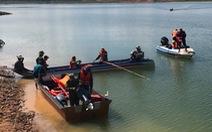 Tìm thấy thi thể 2 học sinh chết đuối trên hồ thủy điện Đại Ninh