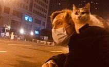 4 tháng bám trụ ở Vũ Hán: Những điều chưa kể của 2 nhà báo phương Tây