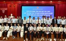 Chủ tịch tỉnh mời doanh nghiệp IT về định hướng cho học sinh chọn ngành công nghệ thông tin