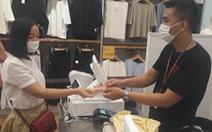 Dùng thẻ Sacombank được hoàn 50% khi mua sắm tại Uniqlo Vincom Center Landmark 81