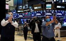 Chứng khoán Mỹ khởi sắc, tăng hi vọng kinh tế Mỹ sẽ hồi phục tích cực