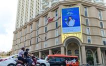 Sôi động Ngày không tiền mặt trên các billboard và băngrôn