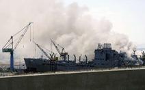 Hỏa hoạn dữ dội trên tàu tấn công đổ bộ của hải quân Mỹ, 21 người bị thương