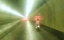 'Chị Đại' phóng xe máy ào ào trong hầm Hải Vân, vượt 3 chốt chặn lúc rạng sáng