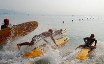 Chơi xả hơi trọn mùa hè ở Nha Trang, một trong những vịnh đẹp nhất thế giới