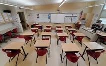 Ông Trump gây sức ép mở cửa trường học, giáo viên nói mình là 'con tốt thí'