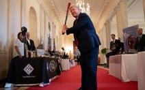 CNN: Nhà Trắng dời chân dung cựu tổng thống Bill Clinton và George W Bush qua phòng để đồ