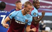 Willian lập cú đúp, Chelsea vẫn trắng tay trước West Ham