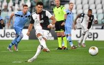 Ronaldo xác lập kỷ lục ghi bàn, Juventus tiệm cận chức vô địch Serie A