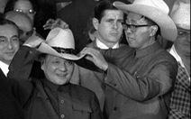 Từ mũ cao bồi của Đặng Tiểu Bình năm 1979 đến lãnh sự quán bị đóng cửa ở Texas