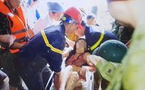 Hàng xóm bất lực nhìn hai mẹ kêu cứu trong căn nhà bị sập ở Hà Giang