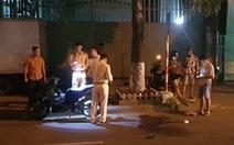 Đi xe máy bị cáp viễn thông thòng xuống đường cứa ngang cổ nguy kịch