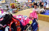 Vào siêu thị sắm đồ dùng học tập Việt giá 'mềm'