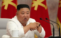 Ông Kim Jong Un tái xuất sau 3 tuần, chỉ đạo cuộc họp chống dịch COVID-19