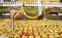 Giá vàng miếng SJC lên gần 50 triệu đồng/lượng, liên tục lập đỉnh mới