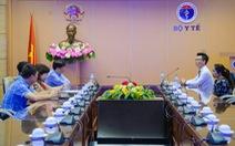 Tiếp sức y - bác sĩ tuyến đầu chống COVID-19, Ecopark trao 3 tỉ đồng cho Bệnh viện C Đà Nẵng