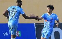 Video cú đúp của Hà Đức Chinh giúp Đà Nẵng đánh bại Thanh Hóa trên sân khách