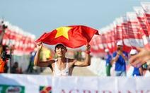 Nghịch lý marathon VN: VĐV chuyên nghiệp thua xa giới phong trào