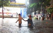 Nam Bộ, Bắc Bộ, Tây Nguyên hôm nay mưa lớn, đề phòng dông, sét