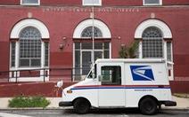 Ông Trump bảo vệ đồng minh Louis Dejoy có thể đưa bưu chính Mỹ 'vĩ đại trở lại'