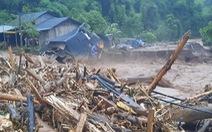 Lũ quét tràn qua một trường tiểu học ở Điện Biên