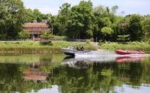 Huế tăng cường 2 ca nô tuần tra phòng dịch trên sông Ô Lâu