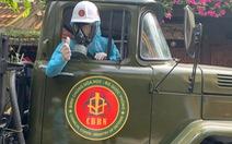 Bộ đội hóa học bắt đầu phun thuốc khử trùng tại phố cổ Hội An