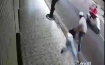 Đã bắt được nhóm cướp giật kéo lê cô gái trên đường Bàu Cát 1