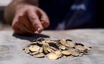 Tìm thấy kho tiền vàng nguyên chất 1.100 năm tuổi cực quý hiếm