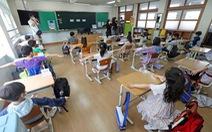 Hàn Quốc tái đóng cửa trường học vì số ca COVID-19 tăng đột biến