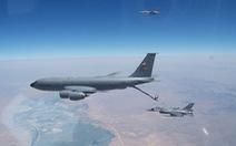 Mỹ công bố ảnh tiếp liệu cho tiêm kích F-16 bán cho Đài Loan