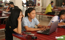 Đọc báo cùng bạn 28-8: Nên miễn giảm học phí cho học sinh sinh viên vùng dịch