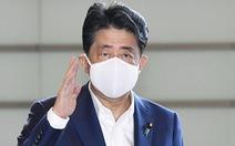 Truyền hình trực tiếp: Thủ tướng Nhật Shinzo Abe đang phát biểu về thông tin xin từ chức