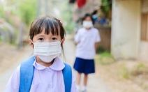 Trẻ em không miễn nhiễm với COVID-19, chỉ là triệu chứng chậm bộc lộ