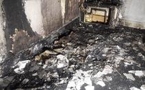 Cháy nhà vì đốt nến cầu hôn bạn gái, nhưng vẫn nhận được đồng ý