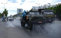 Quân đội lao vào dập dịch