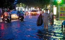 Tháng 8 mưa tăng nhưng lũ miền Tây vẫn không về sớm