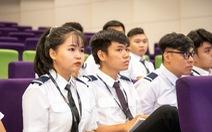 Học viên phi công phải học trực tuyến tại Việt Nam do COVID-19