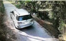 Né cách ly bằng 'xe ké' đi đường liên thôn, xã với giá 1.750.000 đồng