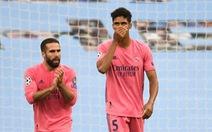 Varane được phong 'danh hài' sau màn trình diễn thảm họa trước Man City