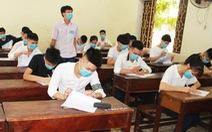 Thi tốt nghiệp THPT ở Đà Nẵng: Dùng máy để khử khuẩn tất cả bài thi