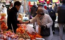 Người Nhật Bản tăng tích trữ tiền mặt kỷ lục giữa đại dịch COVID-19