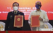 Trung Quốc tặng Philippines 20 triệu USD thiết bị phi chiến đấu