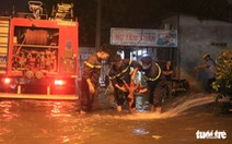 TP.HCM ứng cứu khẩn cấp trạm điện bị nước xâm nhập sau mưa lớn
