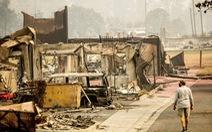 Người Mỹ tập sống chung với cháy rừng