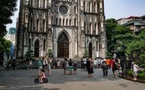 Nắng nóng, các địa điểm vui chơi 2-9 ngoài trời ở Hà Nội thưa người